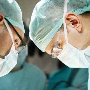 Врачи на операции