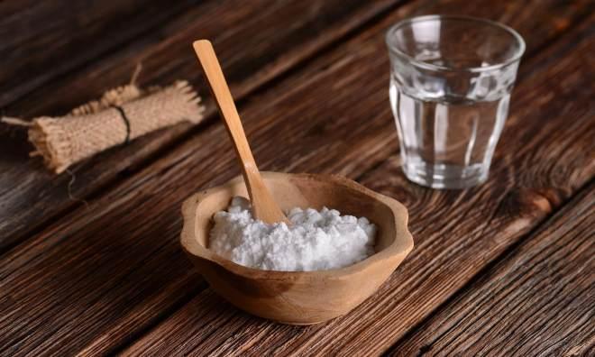 Раствор сода с солью для зубов